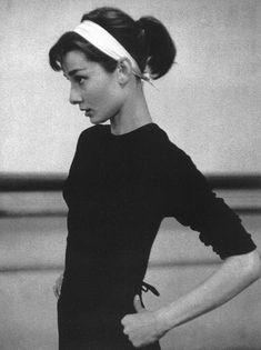 Audrey Hepburn in dance class.