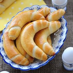 Baker`s Rolls (Recipe with step by step picture)