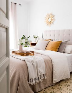 Relaxing Master Bedroom, Home Bedroom, Bedroom Decor, Bedrooms, Natural Bedroom, Decor Interior Design, Home Decor, Decoration, Sweet