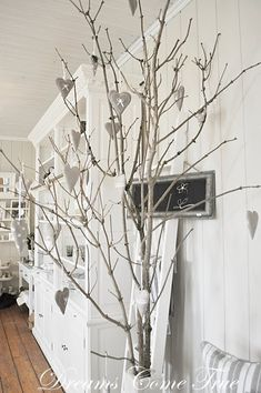 Dead Tree Became Alive Again Upcycle Whitewashed chippy shabby chic french country rustic swedish decor Idea
