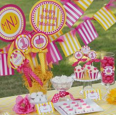 Cute Website for all things party. I think I might use this one for Delilah's birthday