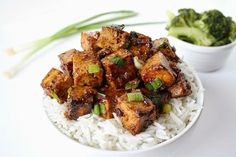 Asian garlic tofu with rice (vegan and gluten-free)