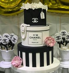 New birthday ideas how to make Ideas Bolo Channel, Channel Cake, Chanel Party, Sweet 16 Birthday, 21st Birthday, Birthday Cakes, Birthday Ideas, Beautiful Cakes, Amazing Cakes