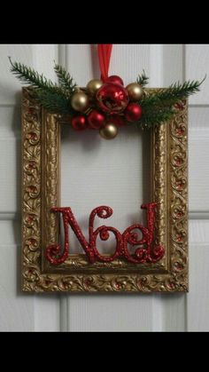 Ideas Diy Christmas Art Budget For 2019 Christmas Picture Frames, Wall Christmas Tree, Christmas Frames, Christmas Signs, Christmas Pictures, Christmas Art, Christmas Projects, Holiday Crafts, Christmas Wreaths