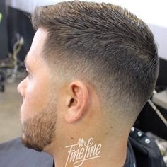 Philly fade from this morning. This blend works good when you want to have a som… Philly fade from this morning. This blend works good when you want to have a somewhat more conservative look while leaving the length a little longer on top. Mens Hairstyles Fade, Hairstyles Haircuts, Haircuts For Men, Mens Fade Haircut, Men Haircut Short, Modern Haircuts, Medium Hairstyles, Wedding Hairstyles, Cabelo Do Brad Pitt