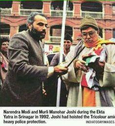 1992 :: Narendra Modi And Murli Manohar Joshi  In Lal Chowk , Srinagar To Hoist Indian Flag (@IndiaHistorypic) | Twitter