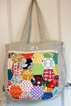 *Inspiration* Noodlehead super tote by knottygnome, via Flickr