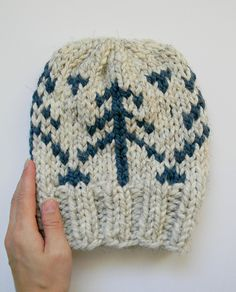 Ravelry: Alpine Hat pattern by Justyna Srock Knit Crochet, Crochet Hats, Chunky Yarn, Ravelry, Knitted Hats, Knitwear, Create Your Own, Beanie, Hat Patterns
