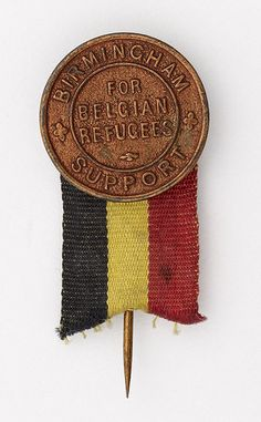 Pin 'flags' to raise money for Belgian refugees, 1914-1919