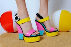 These color-blocked Giusseppe Zanotti platforms take us Back to the Beach.