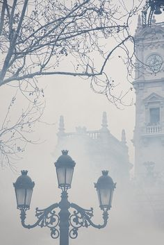 Foggy morning in #London.