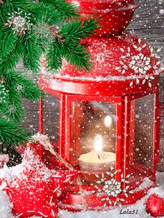 Discover & Share this Christmas GIF with everyone you know. Christmas Scenes, Noel Christmas, Christmas Wishes, Christmas Pictures, All Things Christmas, Winter Christmas, Vintage Christmas, Christmas Glitter, Christmas Candle