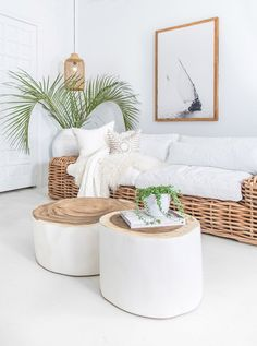 At Uniqwa Furniture Collections we love styling living rooms with natural wooden pecies and large vases with palm leaves! ✔️✔️This stunning costal style living room featuring Uniqwa's Trunk Coffee Boho Living Room, Coastal Living, Living Room Decor, Living Spaces, Living Rooms, Coastal Decor, Bedroom Decor, Trunk Side Table, Side Table Decor