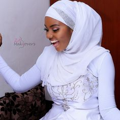 Today we thought to add an inspirational post for our Muslim Brides-to-be. This lovely compilation of respectable & modest bridal wear with Hijab is the perfect stimulation for any Muslim… Muslim Fashion, Hijab Fashion, Women's Fashion, Muslim Wedding Gown, Muslimah Wedding Dress, Dress Wedding, Wedding Hijab Styles, African Fashion Traditional, African Wedding Attire