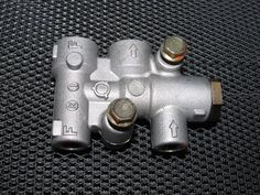 94 95 96 97 Mazda Miata OEM Brake Proportional Valve