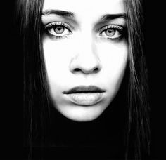 Fiona Apple represents for all of us deep, existential, lost in thought kind of girls.