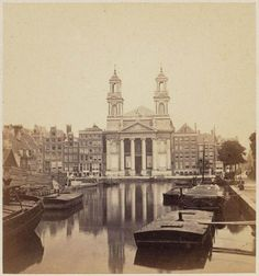 1863 Mozes en Aäronkerk with the Leprozengracht in Amsterdam. The church was build around Living In Amsterdam, I Amsterdam, Best Places To Live, Ol Days, Good Ol, Netherlands, Holland, Dutch, Past