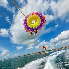 One of the best things to try when you're in #BALI, is definitely PARASAILING! Located right in front  The Tanjung Benoa Beach Resort - Bali, have the most thrilling experience of your life and have an unforgettable time!  #TheTanjungBenoaBeachResortBali Picture by: @m.n.chi