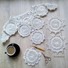 Irish Crochet Patterns, Crochet Gloves Pattern, Crochet Collar, Crochet Shirt, Freeform Crochet, Thread Crochet, Crochet Motif, Crochet Yarn, Crochet Circles