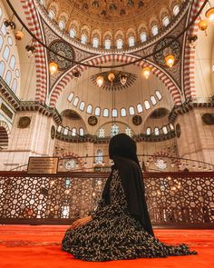 Cute Muslim Couples, Muslim Girls, Beautiful Muslim Women, Beautiful Hijab, Mode Hijab, Hijab Dp, Niqab, Muslim Images, Islam Women