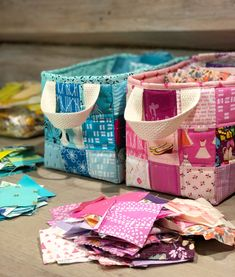 If you love sewing, then chances are you have a few fabric scraps left over. You aren't going to always have the perfect amount of fabric for a project, after all. If you've often wondered what to do with all those loose fabric scraps, we've … Sewing Hacks, Sewing Tutorials, Sewing Crafts, Sewing Tips, Sewing Ideas, Fabric Basket Tutorial, Fat Quarter Projects, Leftover Fabric, Love Sewing