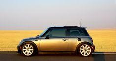 Mini Coopers, Automotive Photography, Small Cars, Fiat 500, Dream Garage, Mini Me, Big Boys, Cool Cars, Classic Cars
