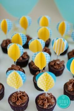 Cupcakes or Cupcakes Balloon – Baby Shower Party Fiesta Baby Shower, Baby Boy Shower, Baby Shower Balloons, Birthday Balloons, Shower Party, Baby Shower Parties, Deco Cupcake, Boy First Birthday, Candy Buffet
