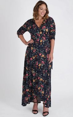Kiyonna Womens Plus Size Meadow Dream Maxi Dress Floral Dresses With Sleeves, Plus Size Maxi Dresses, Plus Size Outfits, Short Sleeve Dresses, Maxi Wrap Dress, Floral Maxi Dress, Long Sleeve Maxi, Dress Out, Hollywood Fashion