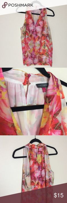 Vince Camuto Blouse Very cute and fashionable! It's fresh and colors are vibrant. Vince Camuto Tops Blouses
