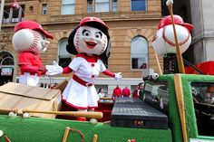 Photos: Cincinnati Reds Opening Day Parade 2013. #openingday #reds