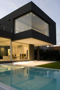 Black House in Buenos Aires, Argentina by Andres Remy Architects