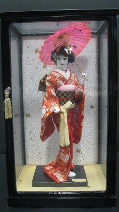 glass geisha figure