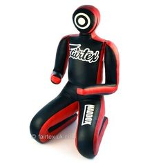 Best Grappling Dummy & Wrestling Dummy For MMA, BJJ and Wrestling. A grappling dummy and a wrestling dummy is a solid tool to sharpen your grappling skills. Martial Arts Gear, Martial Arts Supplies, Martial Arts Workout, Mixed Martial Arts, Grappling Dummy, Mma Equipment, Training Equipment, Gym Training, Fitness Design