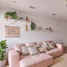 Charming and cozy living room design. Get inspired to makeover your living room with this elegant style. Living Room Decor Cozy, Home Living Room, Interior Design Living Room, Living Room Designs, Deco Rose, Decoration Inspiration, Decor Ideas, Home Fashion, Videos