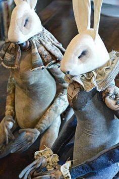 Textile Artist Who Lives In a Fairytale World Textile Sculpture, Soft Sculpture, Sculptures, Mister Finch, Textiles, Textile Artists, Felt Animals, Fabric Art, Love Art
