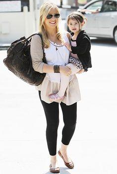 Sarah Michelle Gellar's Sophisticated Maternity Style: Ballerina Style