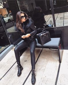 42 Relaxing Women Outfit Ideas With Shiny Leggings, - Damenmode Legging Outfits, Sexy Leggings Outfit, Sporty Outfits, Mode Outfits, Leggings Fashion, Fall Outfits, Fashion Outfits, Womens Fashion, Sexy Winter Outfits