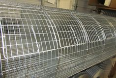 Rabbit Cage Wire --- some great examples of wire rabbit cages (diy) Wire Rabbit Cages, Bunny Cages, Meat Rabbits, Raising Rabbits, Bunny Supplies, Rabbit Pen, Wire Crate, Pig Costumes, Beautiful Chickens