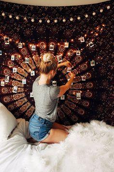 Twilights Twilights Klara - Gestikuliert Bedroom Bedroom Vibes Zella Vita Tapestry by Lady Scorpio Design by kaitlynjohnsondesign nbsp hellip Bedroom Inspo, Room Decor Bedroom, Bedroom Lighting, Garage Lighting, Cozy Bedroom, Bedroom Furniture, Bedroom Decor Lights, White Bedroom, Bedroom Inspiration