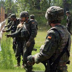 100 Ideas De Ejército Español En 2021 Ejercito Militar Ejercito De Tierra
