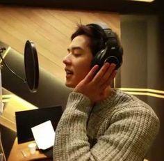 ZE:A's Dongjun and SoReal sing 'Hold My Hand' for 'Climb the Sky Walls' OST.  #ost #zea #dongjunzea #limsiwan #dongjun #holdmyhand #climbtheskywalls #dongjunost #kpopnews #kpopalbum #kpopmap  #kpopblog