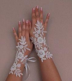 free ship ivory Wedding Glove, Fingerless Glove, from bridal accessories by DaWanda.com