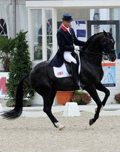The fabulous Uthopia and Carl Hester. Amazing Dressage Horse!