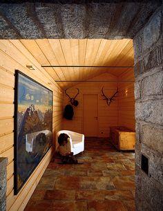 Fußboden aus alten Dachsteinen