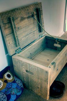 Cute Size Storage Bench van Naturalcity op Etsy