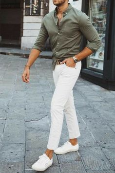 How To Wear Sneakers, Sneakers Looks, New Sneakers, Classic Sneakers, Mens Fashion Shoes, Sneakers Fashion, Mens Clothing Styles, Men's Clothing, Balenciaga Sneakers