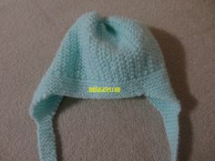 Touca de bebê com tapa orelhinhas Baby Knitting, Crochet, Beanie, Mini, Hats, Cristina, Ear, Copper, Knitting And Crocheting