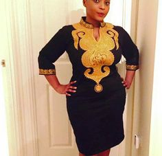 Robe de dames Afrique brodé sur mesure pour toutes les tailles de corps  Toutes nos tenues sont adaptées à partir de zéro en créant la flexibilité