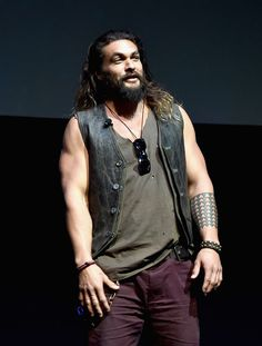 "Jason Momoa Photos Photos - Actor Jason Momoa speaks onstage at CinemaCon 2017 Warner Bros. Pictures Invites You to ""The Big Picture"", an Exclusive Presentation of our Upcoming Slate at The Colosseum at Caesars Palace during CinemaCon, the official convention of the National Association of Theatre Owners, on March 29, 2017 in Las Vegas, Nevada. - CinemaCon 2017 - Warner Bros. Pictures Invites You to 'The Big Picture'"