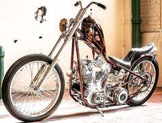 "Custom Harley-Davidson EL/FL ""Knucklehead"" chopper | Suicide clutch & jockey shifter | Single row chain primary drive | One-off hardtail frame & various parts | Modrrn hydraulic fork | Frisco style gas tank"